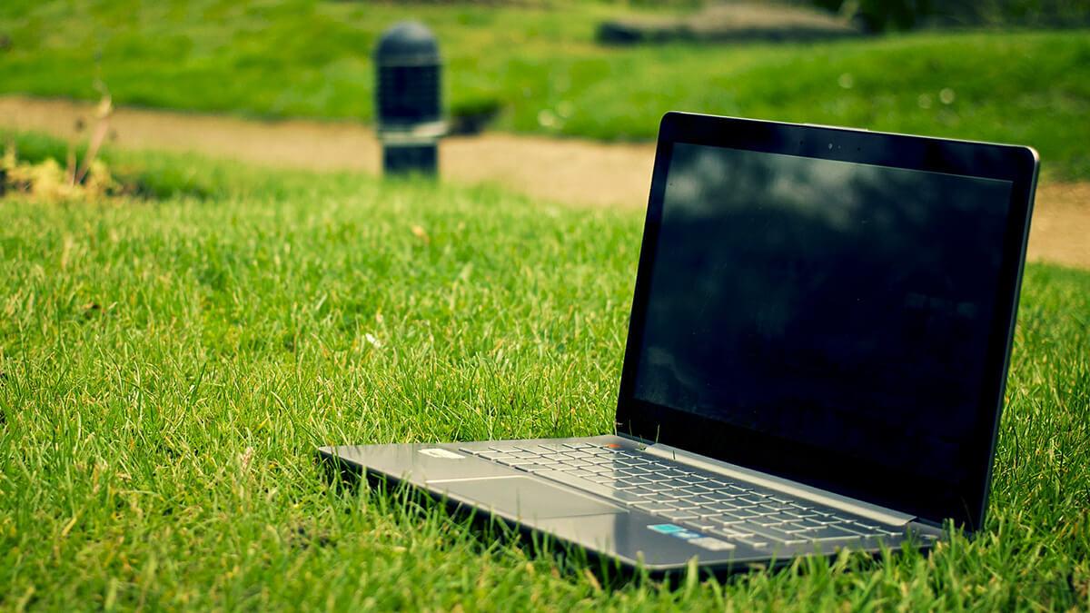 Recycling von PCs – AfB dankt Magenta für ökosoziales Engagement