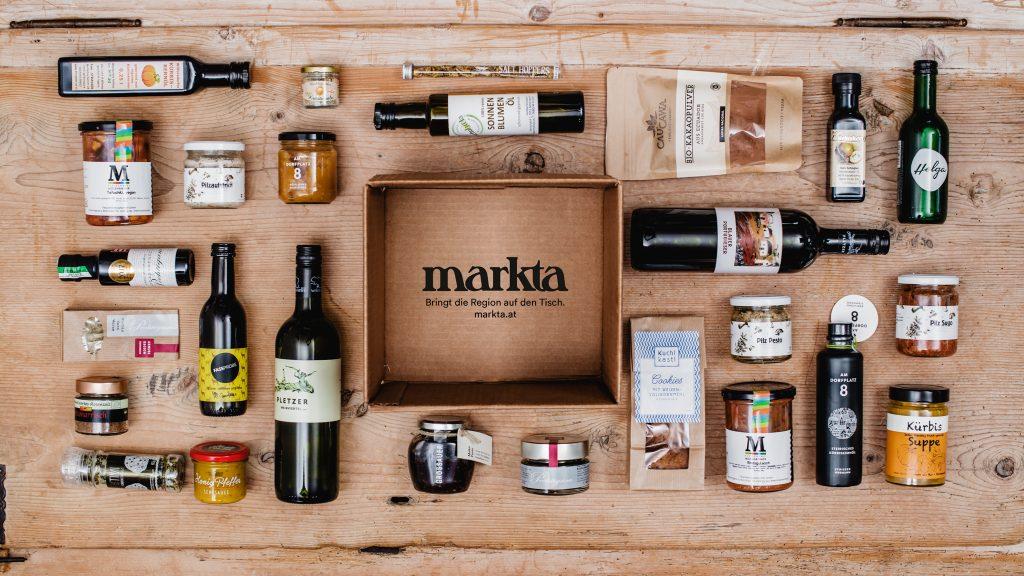 Foto eines markta-Themenpakets mit verschiedenen Lebensmitteln